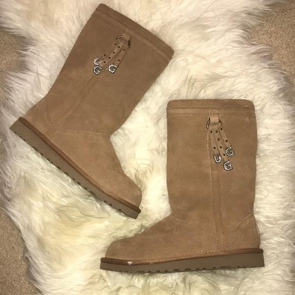 24ac049b90f UGG boots